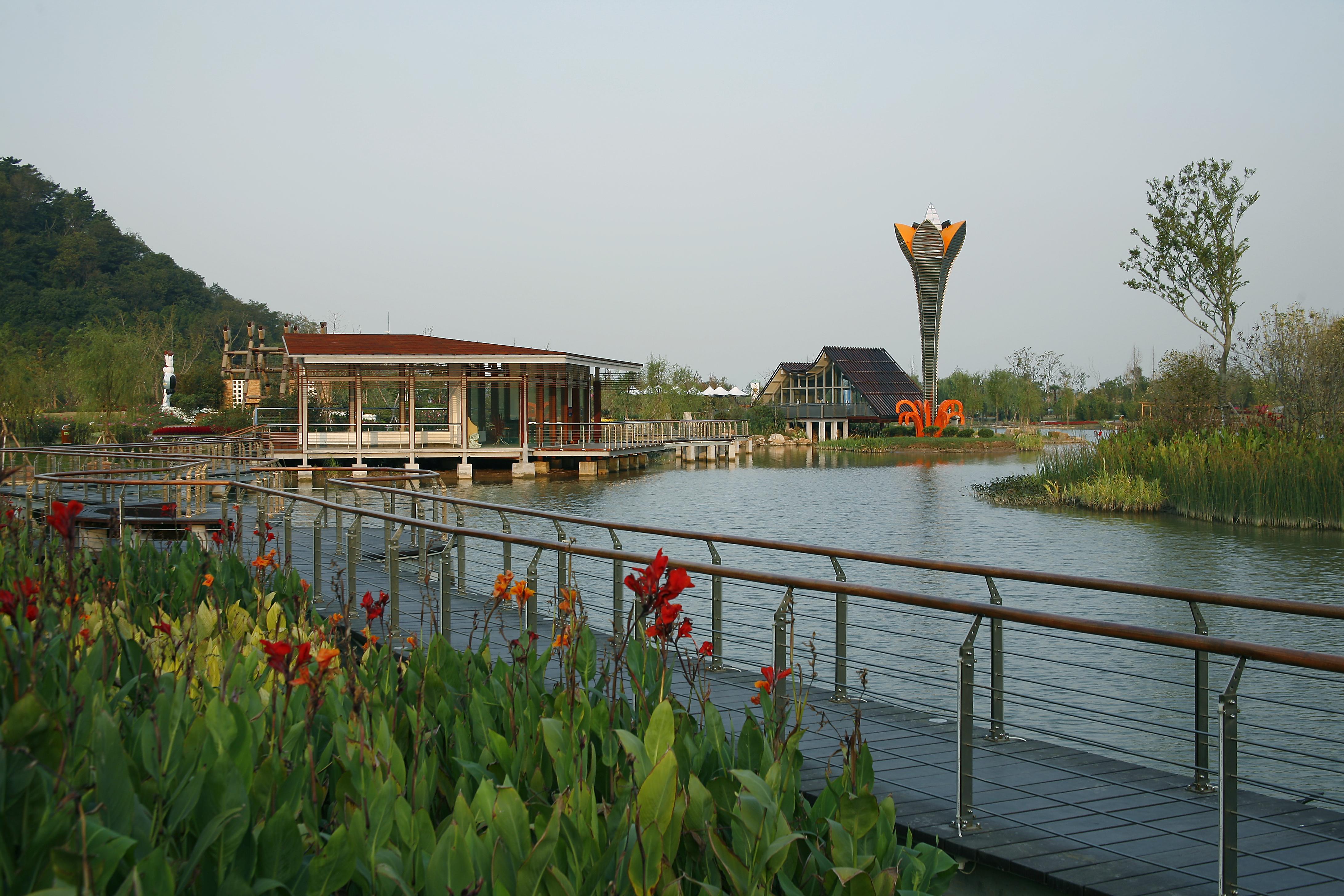 休闲娱乐团购 景点郊游 南通园艺博览园(滨江公园)   南 通园艺博览园