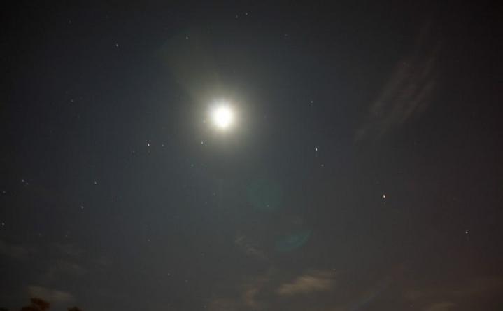 星星和月亮图片