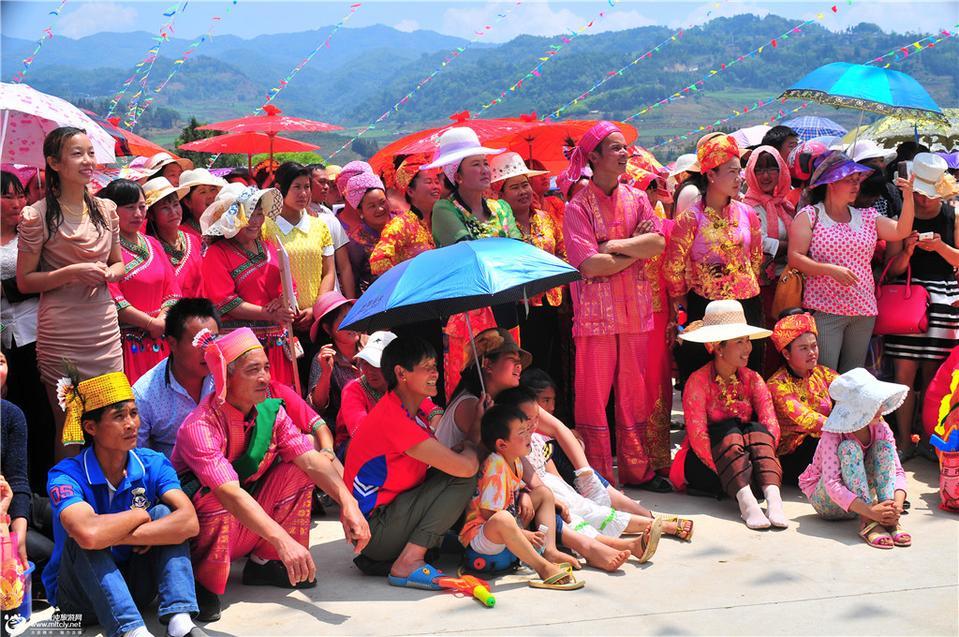 2015年最duang的龙川江傣族泼水节暨民俗文化艺术节