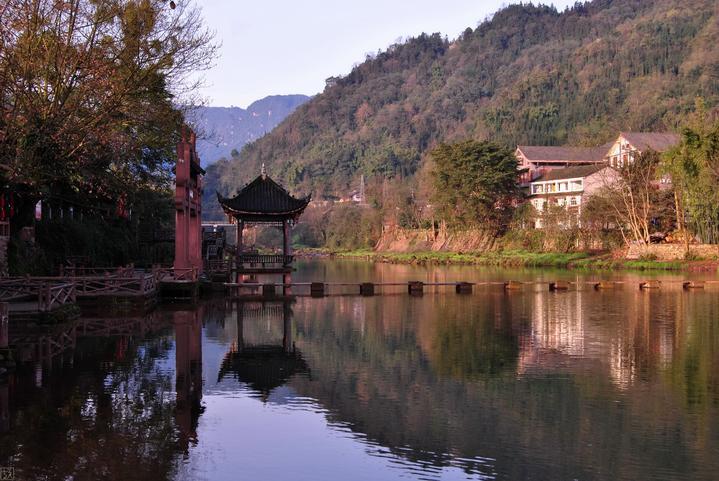 【我是达人】烟雨柳江----柳江古镇的绚丽与古朴