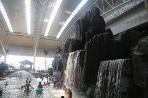 大顶子山温泉水上乐园游记 ——别有洞天的水上世界