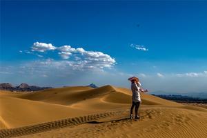 【我是达人】到内蒙古的西部,赴一场沙漠之约