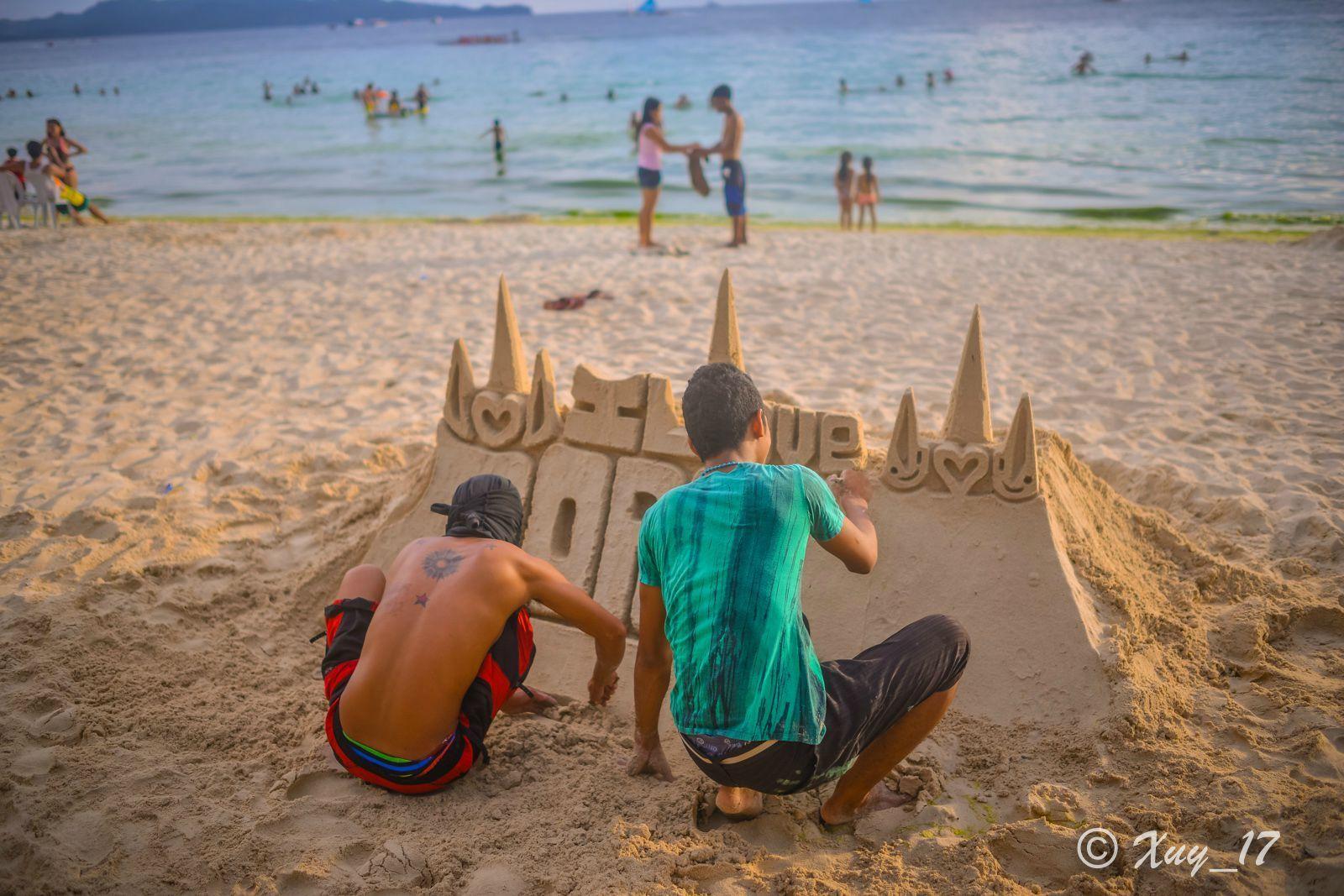 长滩岛-白沙滩-胖手用光影绘画