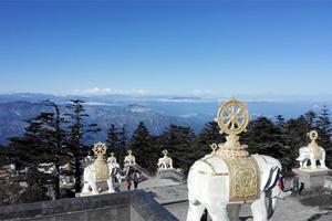 成都 - 峨眉山 往返2日游
