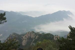 【春季大赏】细雨下的九华山,迷人的天台景观