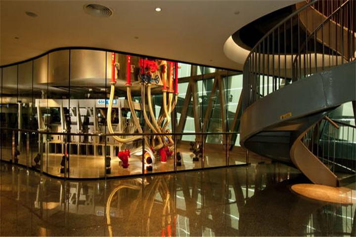 广州塔减振系统游览厅