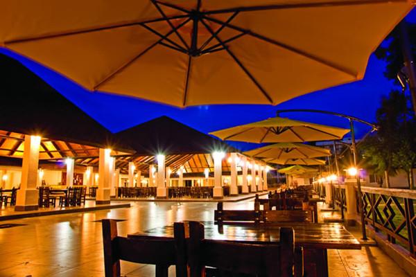 茂名浪漫海岸主题餐厅特色海鲜美食