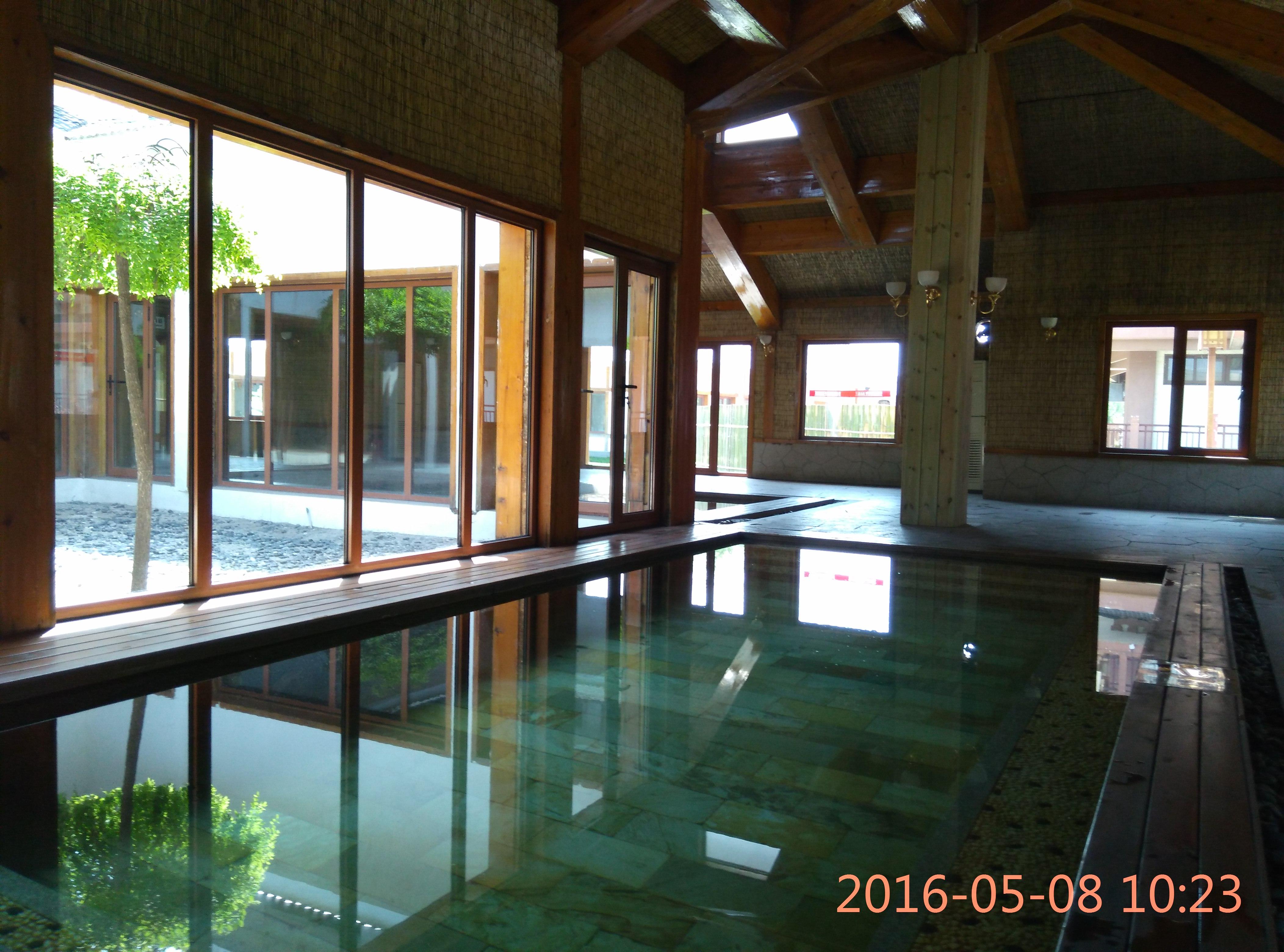 天津室内温泉水上乐园