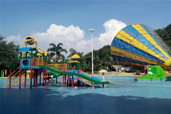 棕榈谷水城亲子戏水池