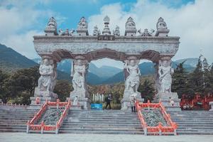 【我是达人】沂蒙山:参加伏羊节,观养生长寿圣地