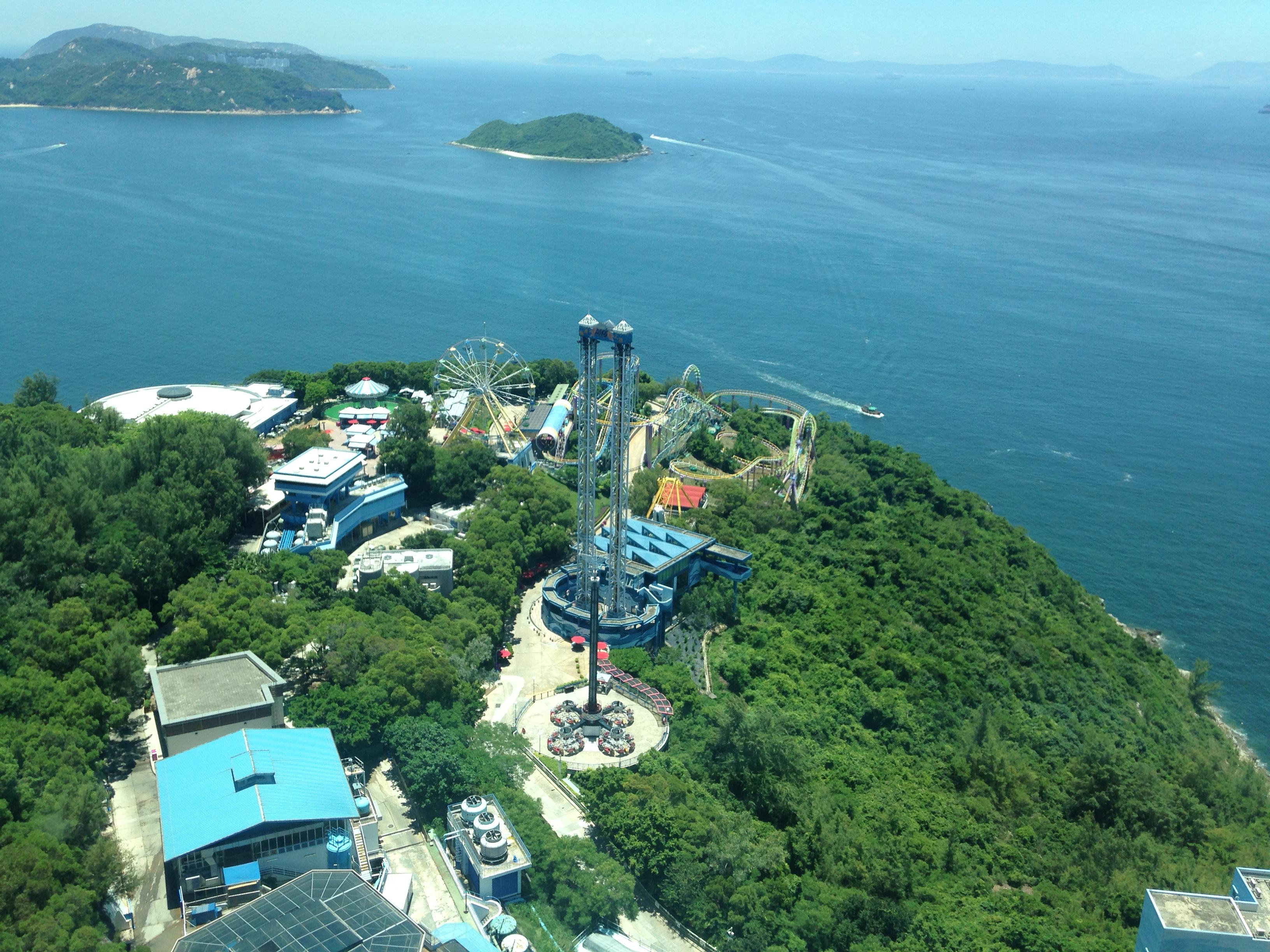 去香港海洋公园可以自己带吃的吗.里面有吃饭的地方吗