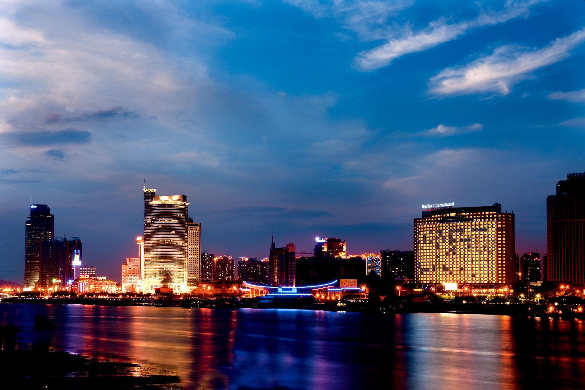 厦门瑞颐大酒店1晚(毗邻中山路)1晚含早+免费停车、WiFi、免费健身房【观鹭江夜色,眺望琴岛】