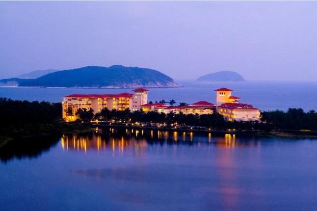 三亚亚龙湾金棕榈度假酒店