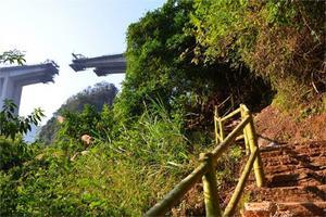 【我是达人】穿越峡谷溶洞,靖西古龙山景区徒步爽