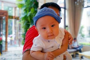 【我是达人】穿越上海,带着四个月萌宝去旅行