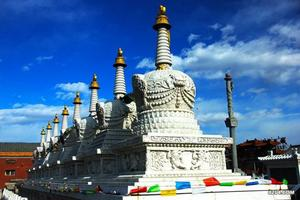 呼和浩特市大召寺一日游藏传佛教的文化建筑