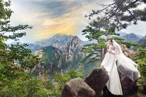 【我是达人】山生山世,去黄山之巅拍摄一组唯美的婚纱照