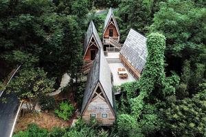 【Nextour梦想之旅】不用出国,去齐云山下,睡一把媲美全球的森林小木屋!