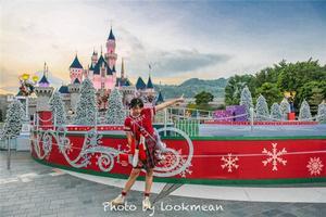 【我是达人】今年圣诞最浪漫的事,是到香港迪士尼看2017第一场雪!