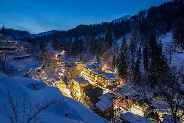【全日本】松之山温泉祭―在被积雪包围的温泉小镇悠閒的边吃边喝边散步吧