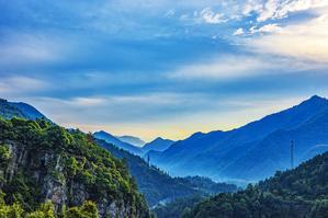 【我是达人】西黄山藏着一块圣地,景色绮丽,值得一去再去