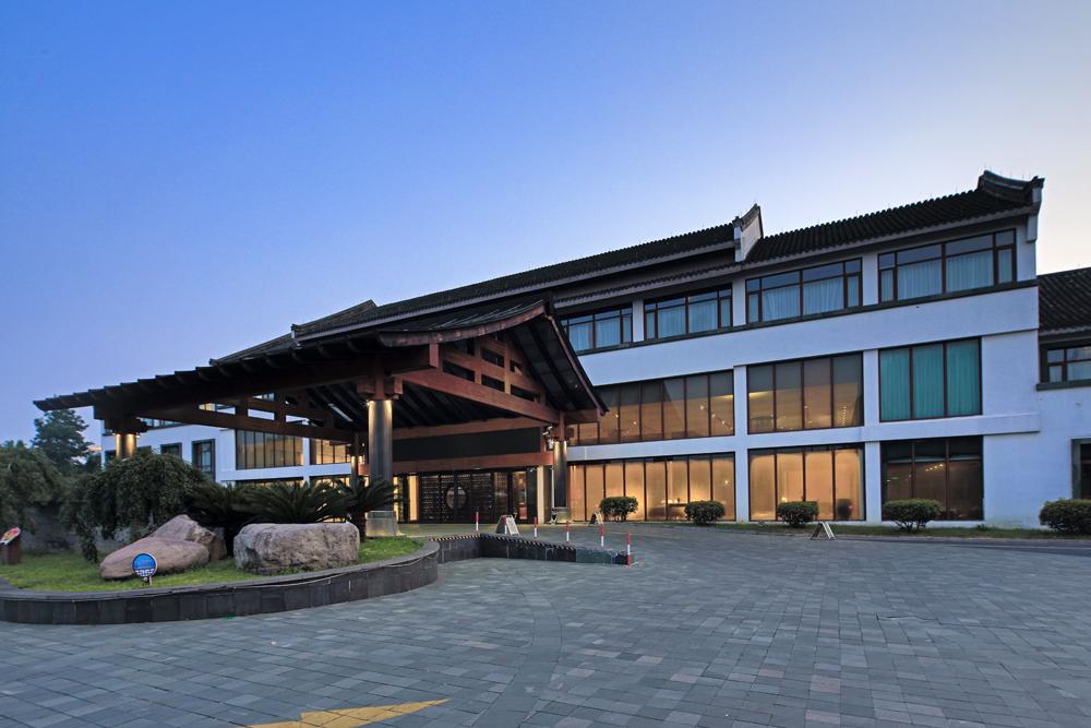 嘉兴栖云南湖酒店