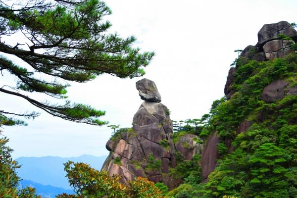 """它是黄山的""""小妹妹"""",每年接待1000万游客,号称天下第一仙峰"""