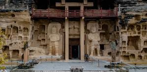 [旅行中的摄影师]北石窟汉化的佛像男飞天与东方的维纳斯共存
