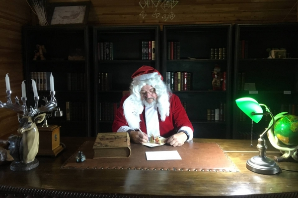 来北极圣诞村看真正的圣诞老爷爷~