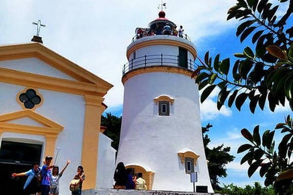 【美食无限式】在期待中前行----澳门东望洋灯塔