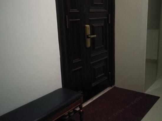 防城港5室2厅3卫公寓