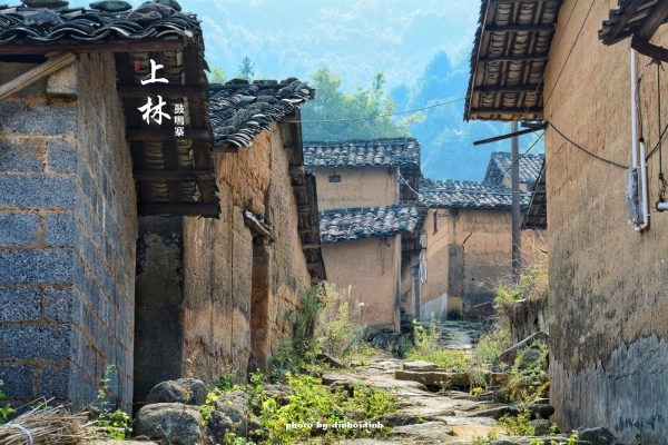 【新年再出发】南宁周边游 黄墙黑瓦的夯土建筑群