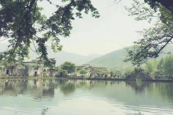 我在宏村,有一张未寄出的明信片