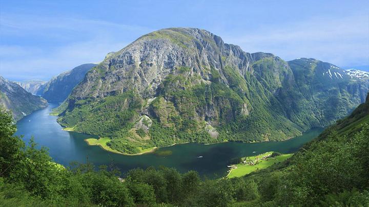 挪威最大的峡湾——松恩峡湾