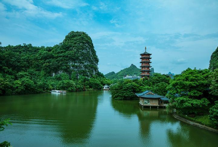 好几只单身狗游桂林,漓江象鼻山?是不存在的。