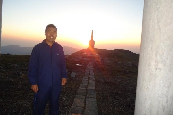 【我和祖国合影】山西五台山北台灵应寺看日出