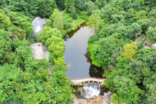 【我和祖国合影】中原最美峡谷之一 集伏牛山水之精华 备受游客青睐
