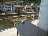 安吉龙王山漂流