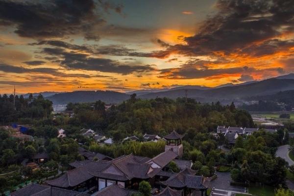 【腾冲】玛御谷温泉小镇,山谷田园里的艺术生活