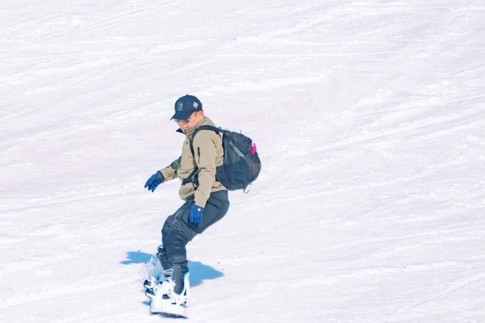 大明山的雪季?? 邊滑雪邊聽歌是今年最流行的滑雪方式