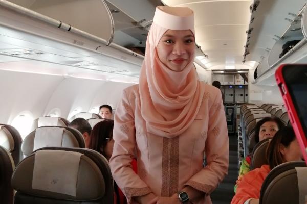 【新年輕度假】坐文萊航班出國,都是漂亮的空姐