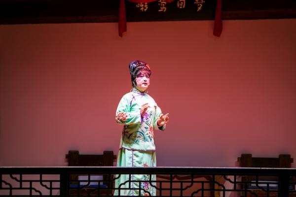【新年輕度假】浙江這個小縣城吃個飯還有戲看,還是當地著名的客棧