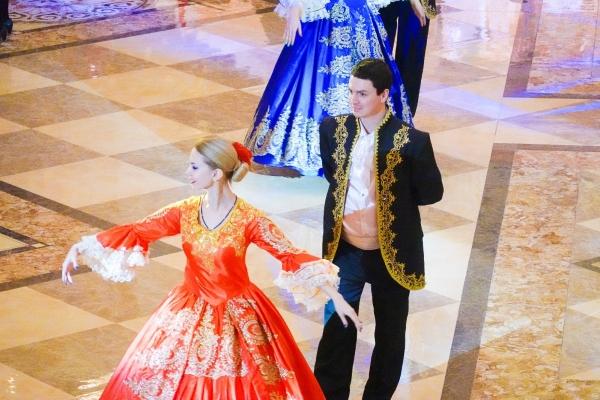 【新年輕度假】哈爾濱微攻略:吃俄餐、逛舞會、蒸桑拿,變身俄羅斯人總共分三步