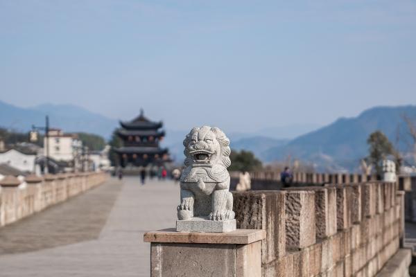 新安江畔千年古城,建德航空小镇带你圆梦蓝天