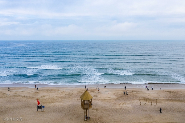 【新年轻度假】惠州有个天下奇观双月湾,左湾水平如镜,右湾波涛汹涌