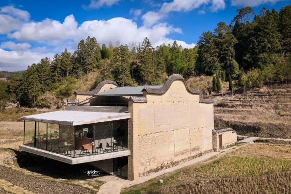 【美图Pick计划】你要的诗与远方,就在建于800年古村里的这个书店