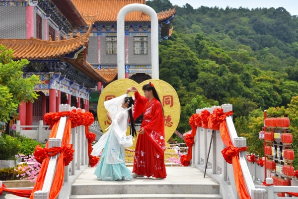 在东莞遇见爱,广东观音山不仅有悬赏70万对联,还有姻缘和爱情