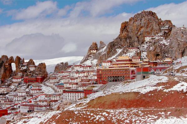 """冬游西藏之孜珠山---古老壯麗的""""天空之城"""""""