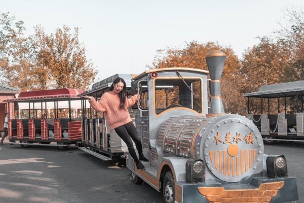 【美图Pick计划】武汉近郊网红主题公园,真人CS、骑马、野地车,这么玩太刺激了!