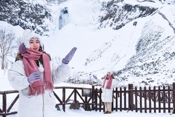 """冰雪总动员,玩转长白山:一山一水,4天3晚,体验""""世界级""""冰火两重天"""